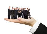 Stakeholder im Projektmanagement auf Händen tragen